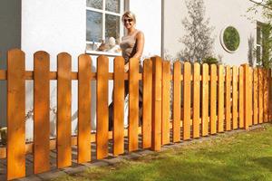 Gartenzaun und Tor aus Holz